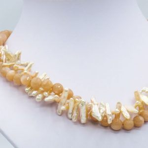 vanilla pearl necklace with sunstone