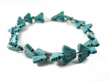 howlite turquoise butterfly necklace (1)